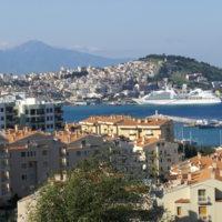 Un littoral mis en tourisme sur la mer Egée