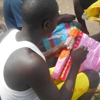 La broderie à la prison de Mfou (Cameroun)