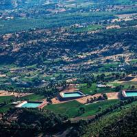 Champs irrigués de cannabis près de Bab Berred, Maroc