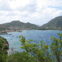 Guadeloupe. Basse Terre. Baie des Saintes vue du Fort Napoléon, avec le Chameau, le plus haut sommet de l'île